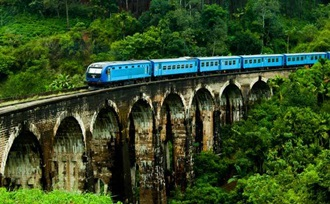 Rondreis per trein door Sri Lanka
