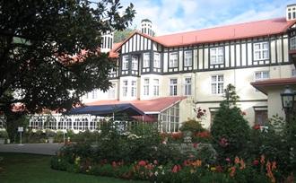 Organiseer uw vakantie in Sri Lanka naar Nuwara Eliya thee heuvels